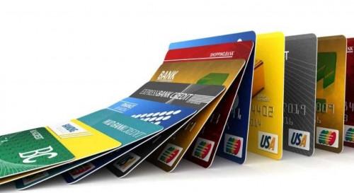 Phân biệt các loại thẻ ngân hàng hiện nay mới nhất 2021